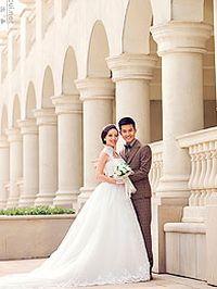 浪漫古典婚纱照手机桌面壁纸
