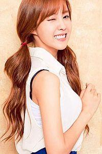 韩国人气美女iphone手机壁纸