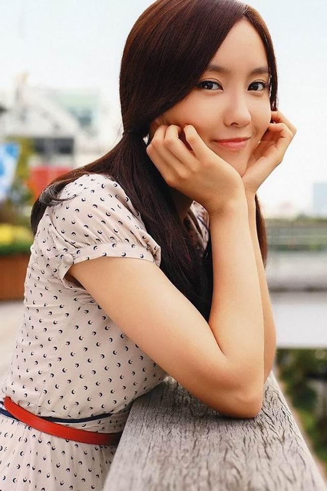 动态手机美女_韩国人气美女手机动态壁纸 免费手机壁纸下载-找素材网