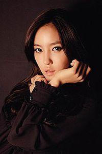 韩国人气美女手机桌面壁纸
