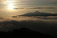 云山山峰云海图片