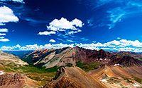 山峰连绵高山图片下载