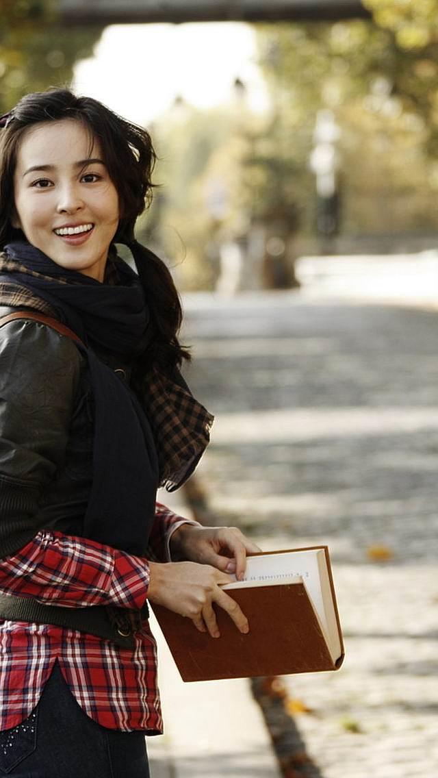 韩国美女韩惠珍手机动态壁纸