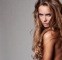 棕色肌肤长发性感女郎高清图片下载