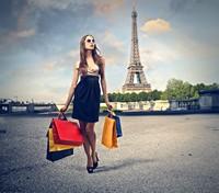 广场上购物时尚女性高清图片下载