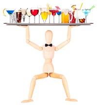 举着许多饮料的木头人偶高清图片下载