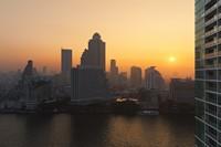 夕阳海滨俯视都市高清图片下载