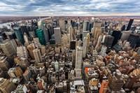 繁华密集高楼城市高清图片下载