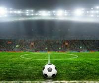 灯光足球场上的足球高清图片下载