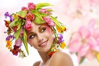 头戴鲜花头饰的时尚美女高清图片下载
