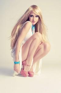 性感长腿迷人金发女子高清图片下载